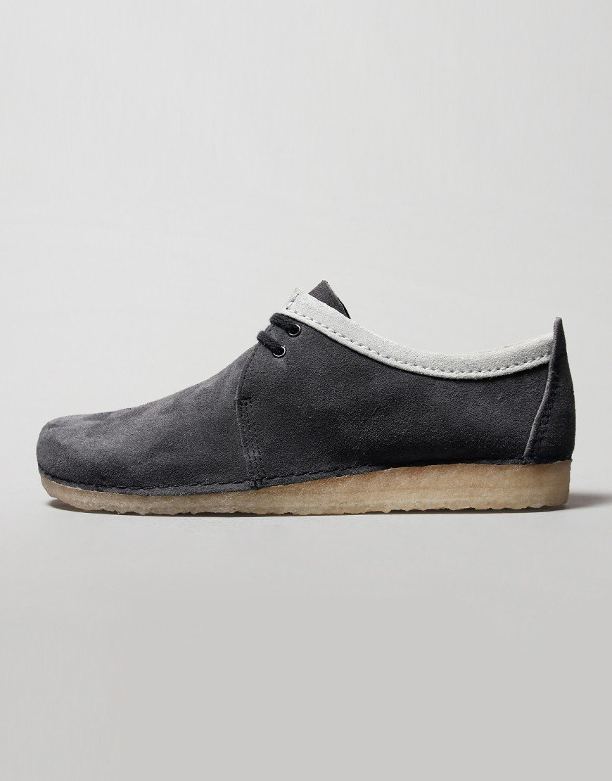 Clarks Originals Ashton Shoe Navy Suede