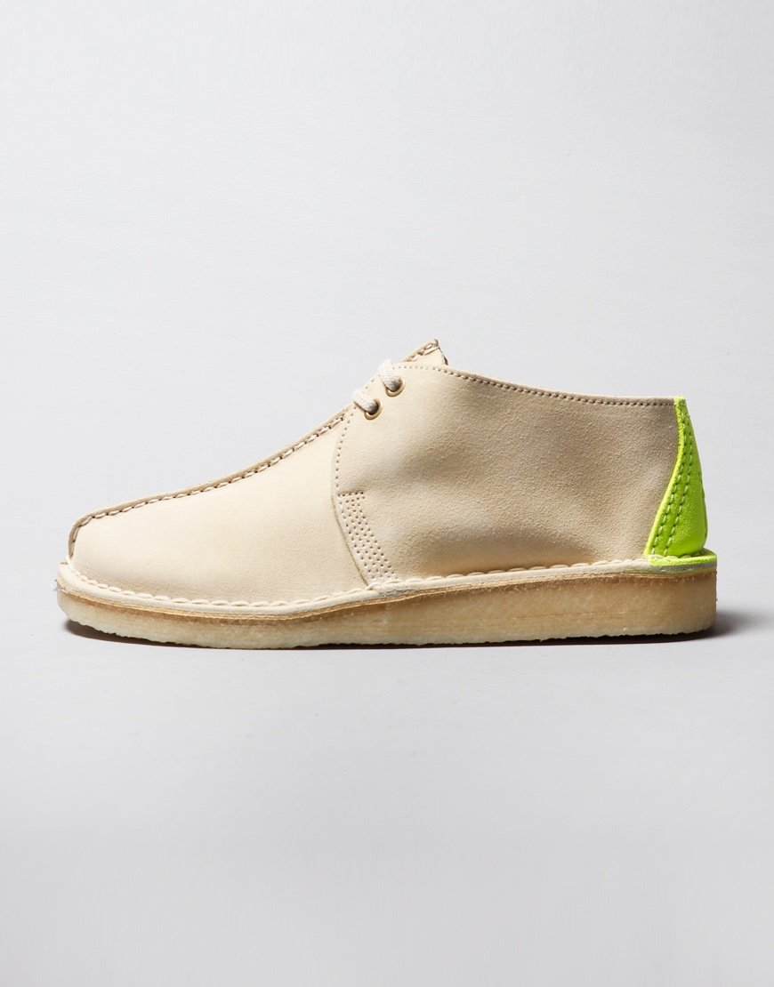 Clarks Originals Desert Trek Shoes White
