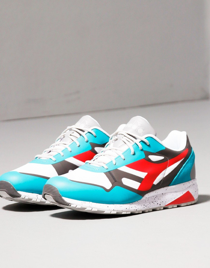 Diadora N902 Trainers Outdoor Viridian Green