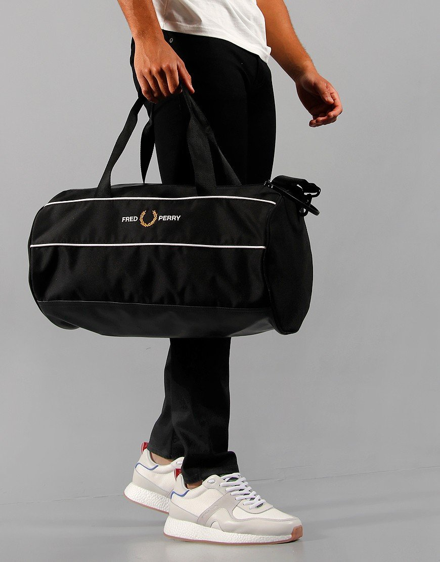 Fred Perry Graphic Panel Barrel Black