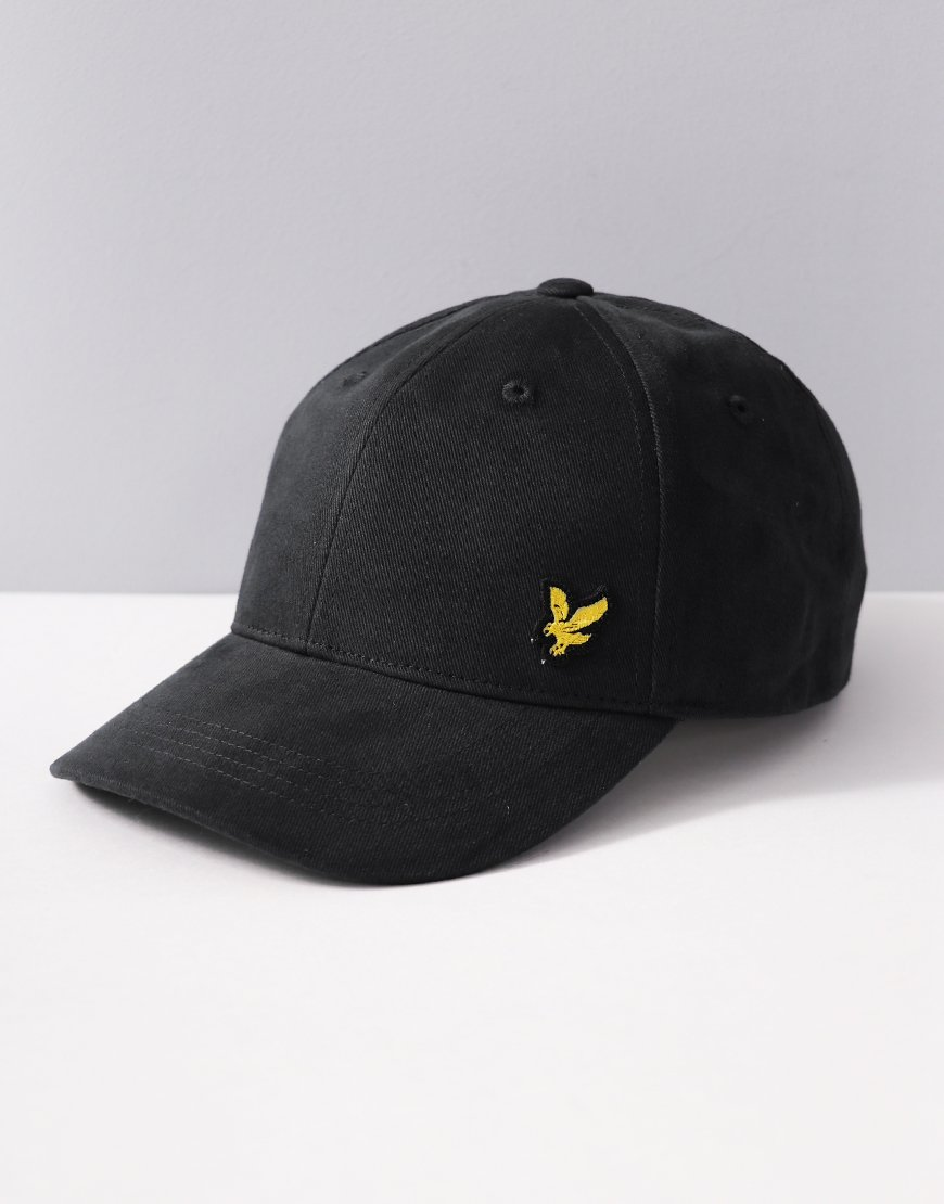 Lyle & Scott Junior Knit Cap Black