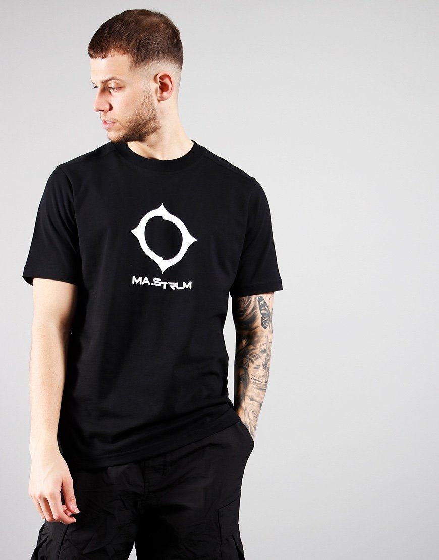 MA.Strum Distort Logo T-Shirt Jet Black