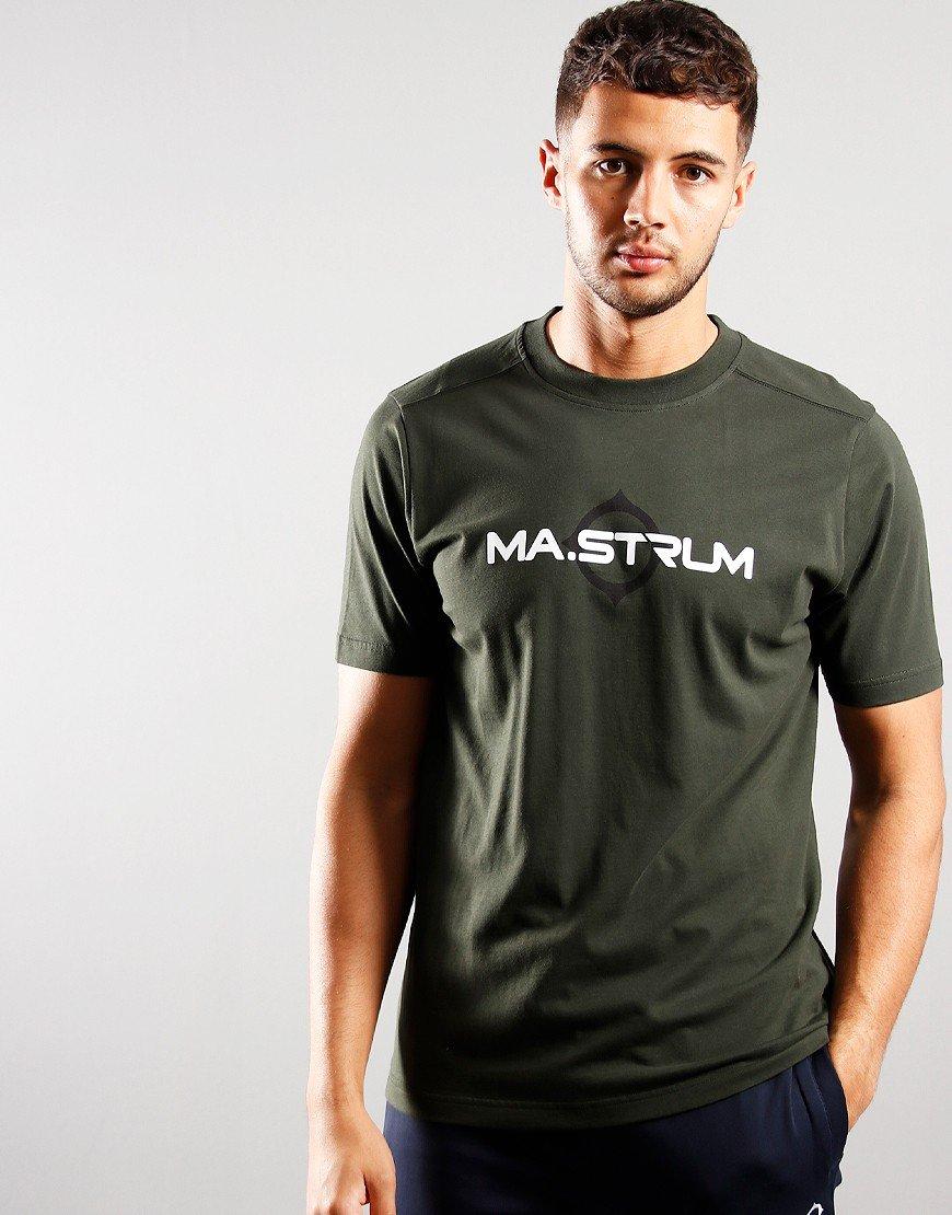 MA.Strum Short Sleeve Logo Tee Oil Slick