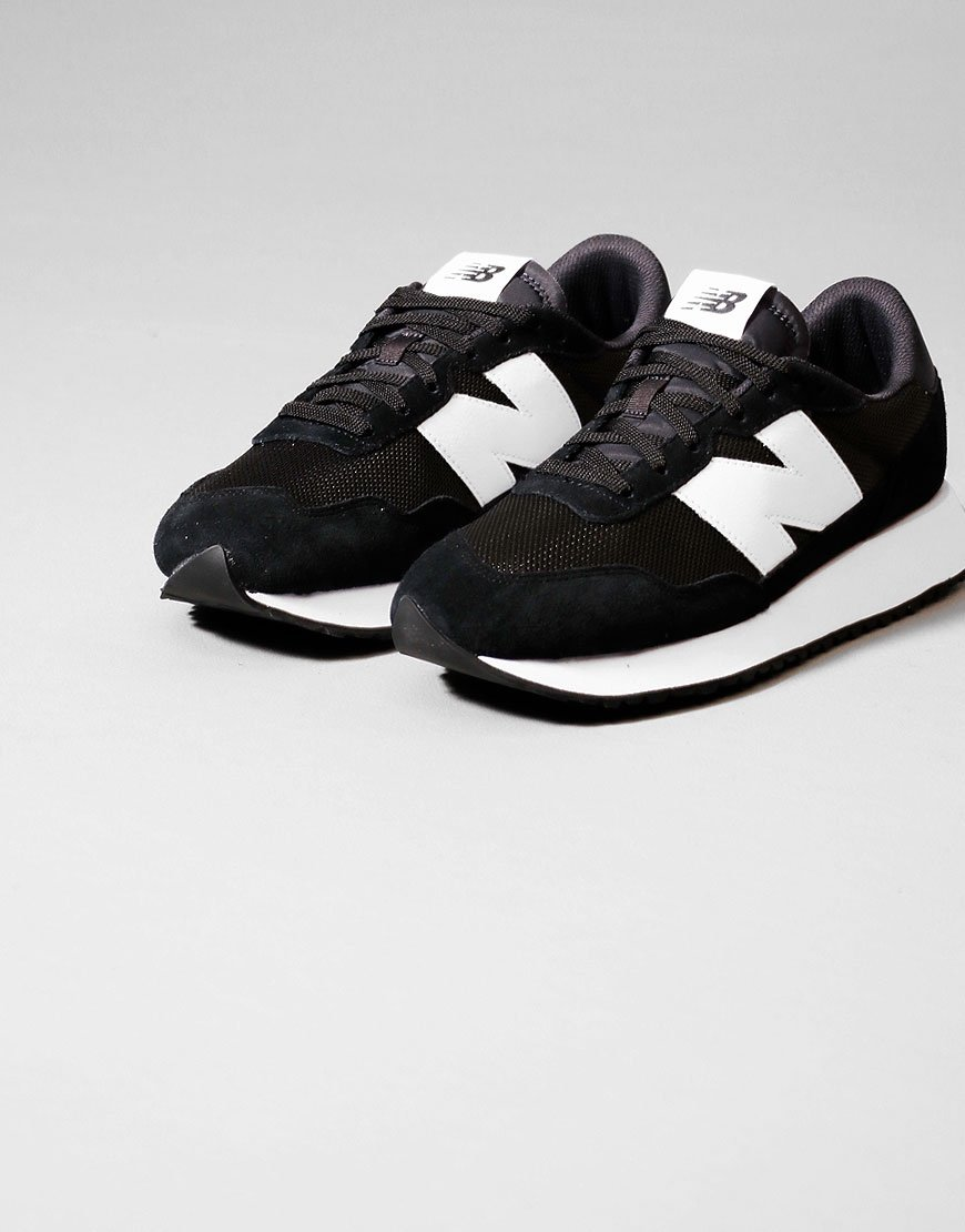 New Balance 237 Trainers Black/Magnet