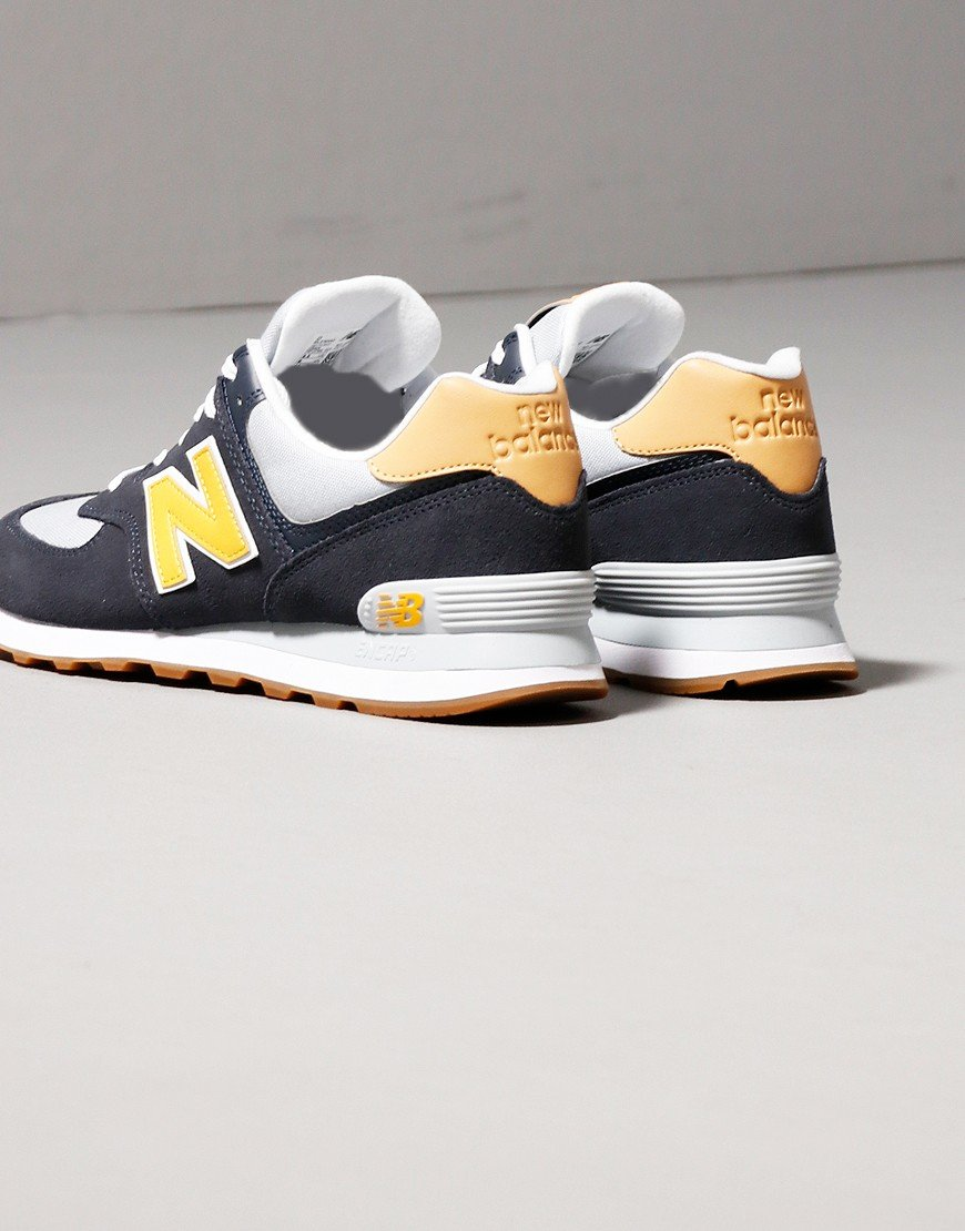 New Balance 574 Trainers Outerspace