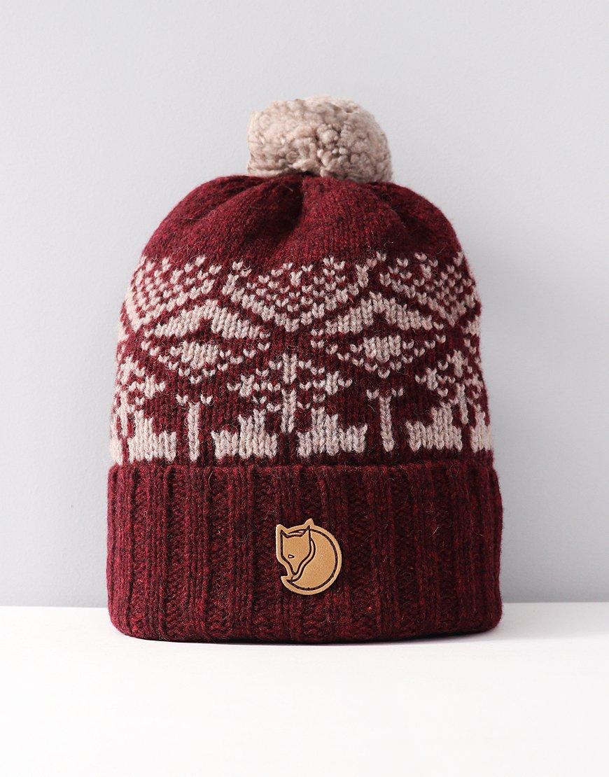 Fjällräven Snow Ball Bobble Hat Dark Garnet