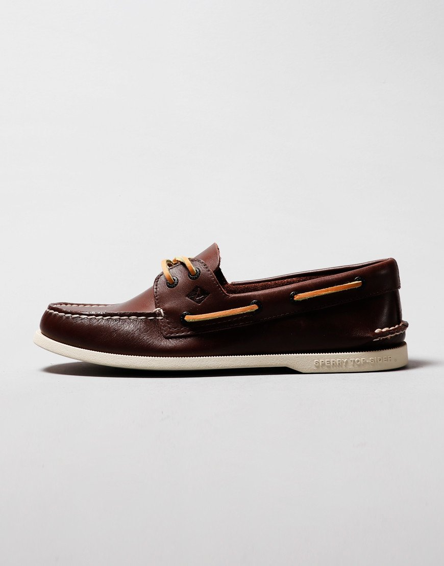 Sperry Authentic Original 2-Eye Boat Shoe Classic Brown