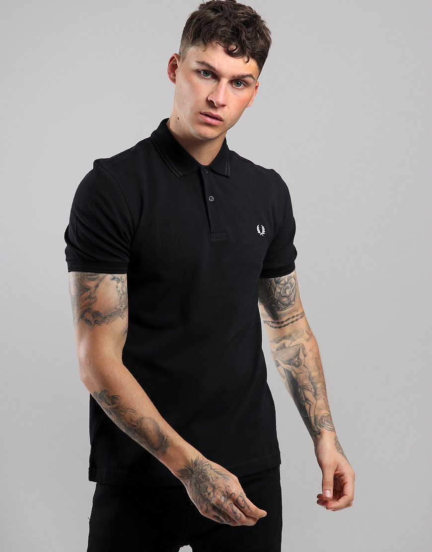 Fred Perry Back Laurel Piqué Polo Shirt Black