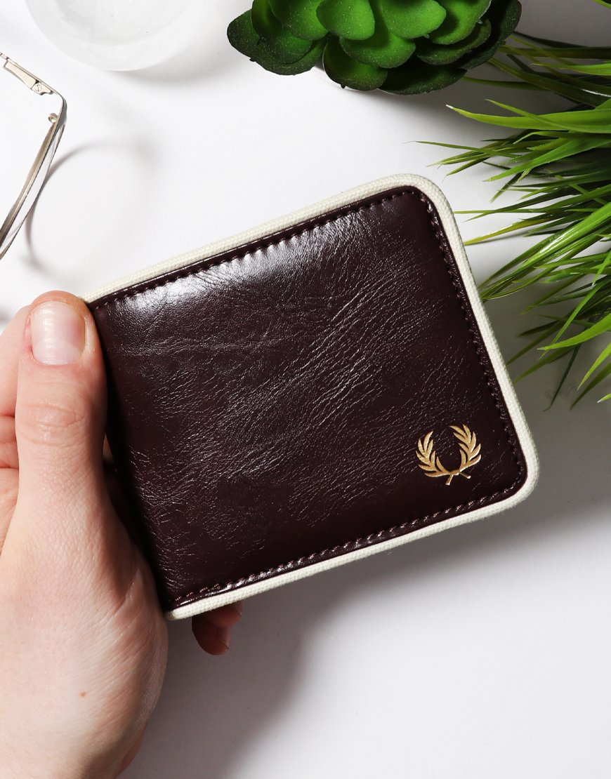 Fred Perry Classic Billfold Wallet Port