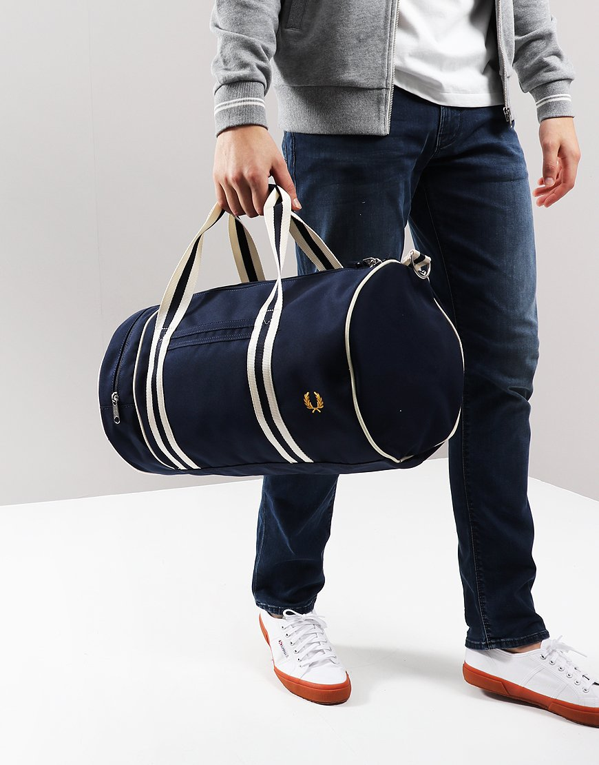 Fred Perry Tipped Barrel Bag Navy