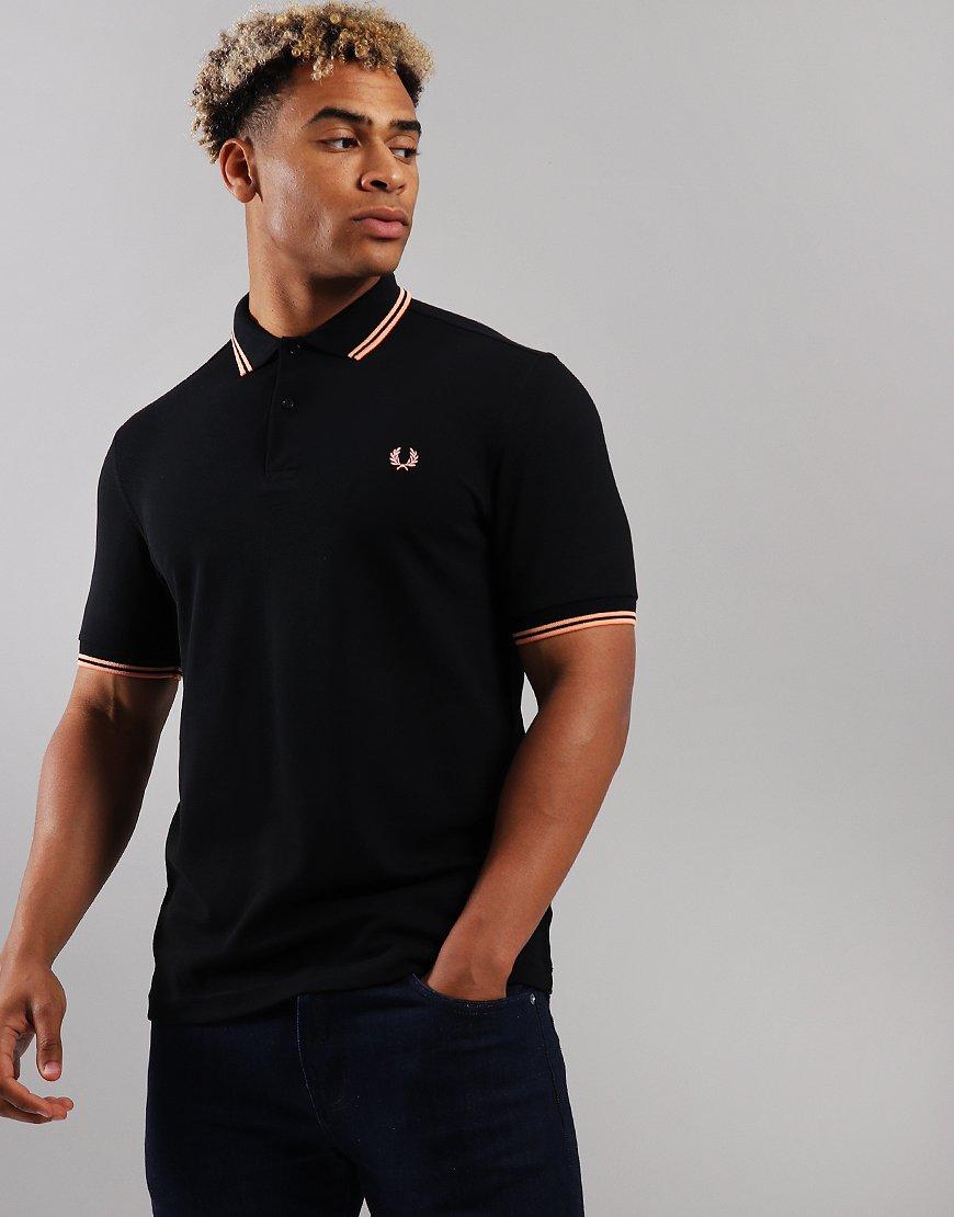 halpaa alennusta puhdistushinnat tunnetut tuotemerkit Fred Perry Twin Tipped Polo Shirt Black/Apricot Nectar