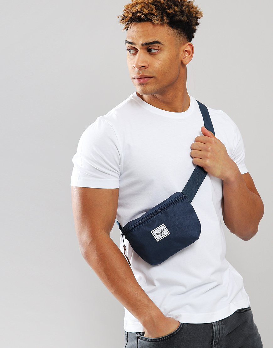 Herschel Fourteen Hip Pack Navy