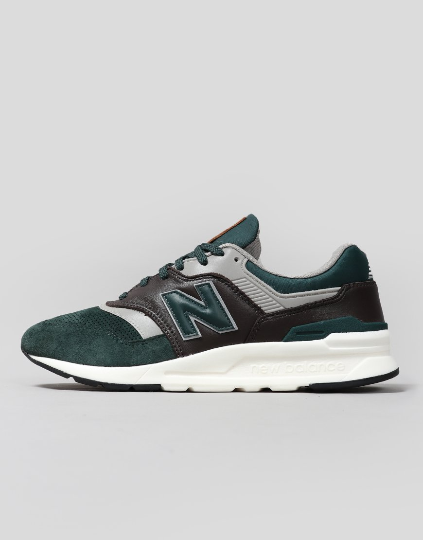 New Balance   CM997HXA Sneakers Cedar Green/Coffee