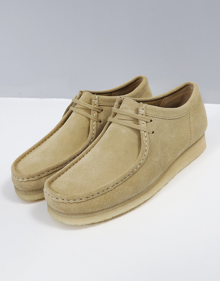 low priced 497e5 2aa60 Clarks Originals Wallabee Shoe Maple Suede