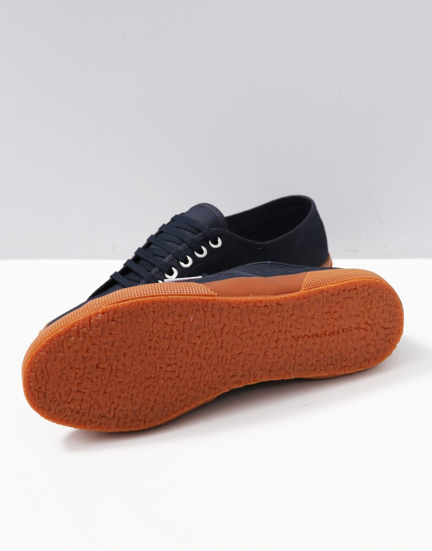 Superga 2750 Cotu Classic Herren Navy Gum Leinwand Sneaker Plimsoll